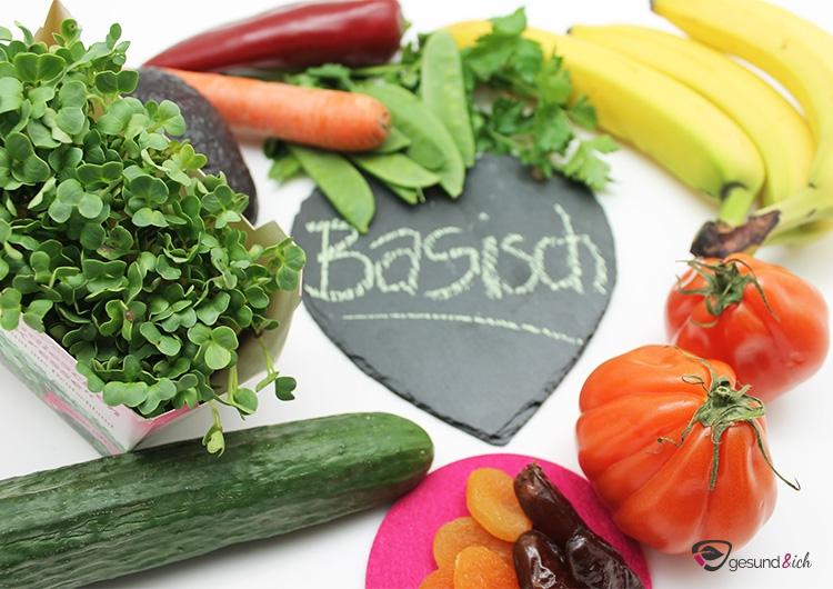 Basische Ernährung ist reich an Gemüse, Obst, Salat und Sprossen.