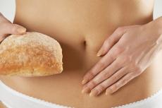 Unverträglichkeiten von Nahrungsmitteln können Blähungen hervorrufen.